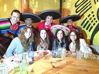 Fiestas y serenatas en restaurantes en Barcelona