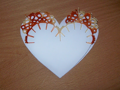 Greeting card with tatting decoration - Biglietto d'auguri con decorazione a chiacchierino