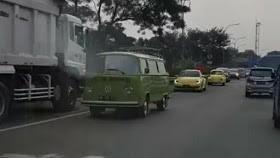 Rombongan VW lawan arah di Tol Jagorawi menjadi Viral.