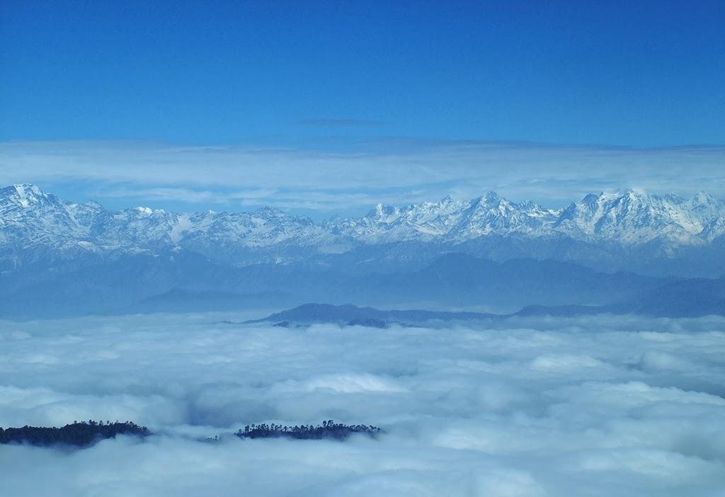 Binsar,_a_view_of_Kumaon_Himalayas.jpg