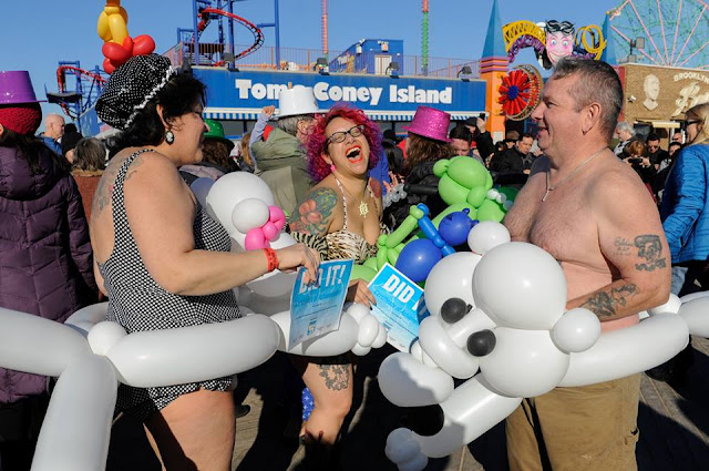 Thousands of people gathered at Coney Island beach in New York to celebrate the arrival of 2017.
