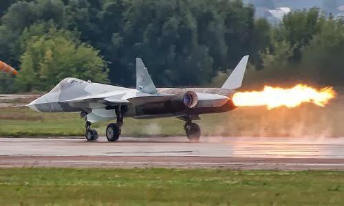 T-50 gagal kompresor saat MAKS 2011