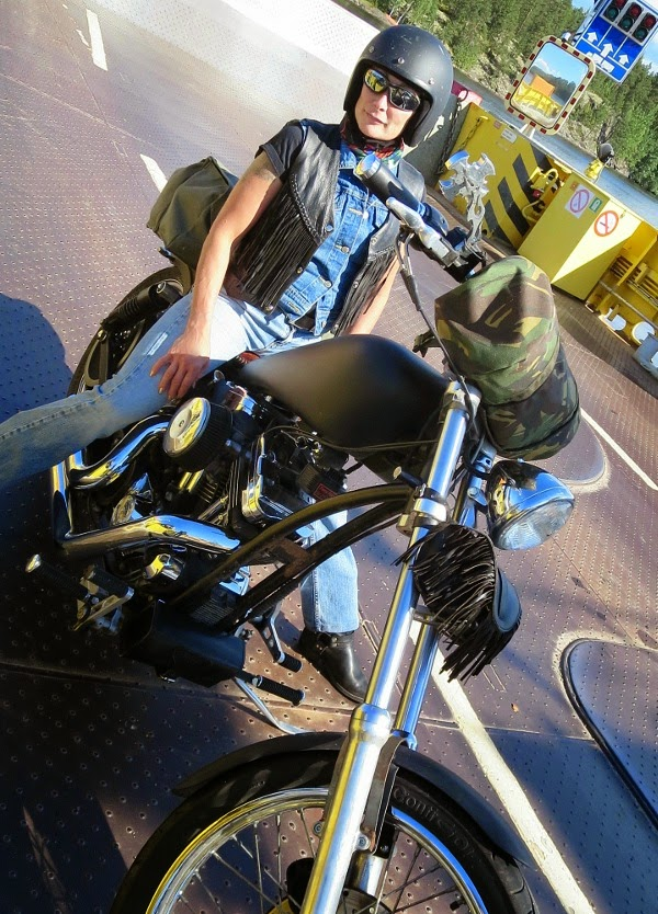 biker bikerlady ladybiker Harley Davidson chopper sporster 1200 cc