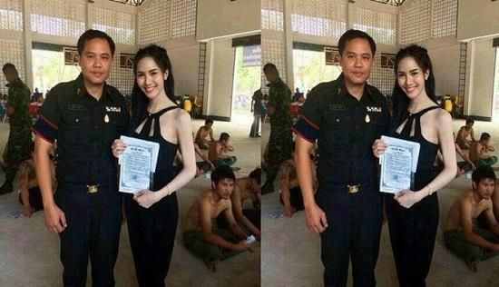 Foto Banci Thailand Ikut Wajib Militer Yang Bikin Mata Pria Jelalatan