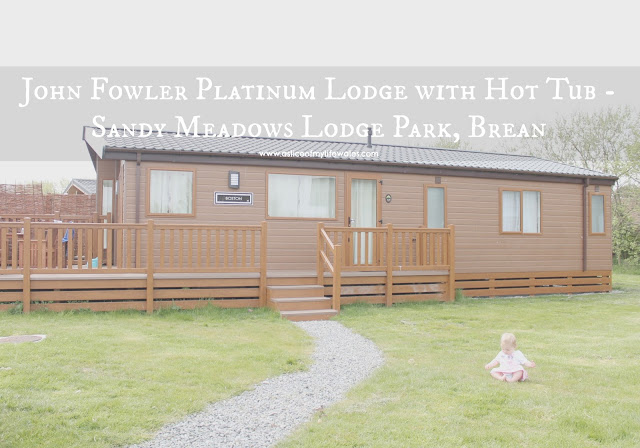 Review of the John Fowler Platinum Lodge with Hot Tub - Sandy Meadows Lodge Park, Brean