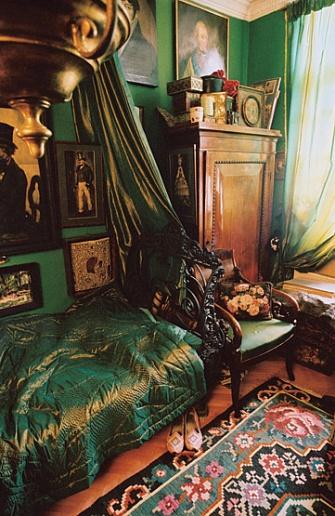 Eclectic Decor Bedroom Green