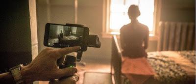Nonton Movie - Snow Steam Iron Menggunakan Kamera Iphone Untuk Merekam