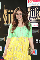 Sridevi Telugu Actressi in green Yellow Anarkali Dress at IIFA Utsavam Awards 026.JPG