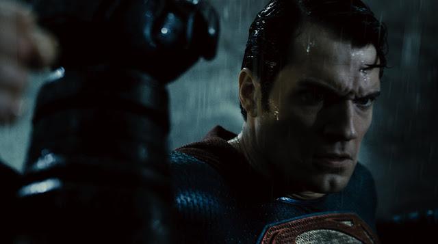Provável último trailer de Batman vs Superman: A Origem da Justiça
