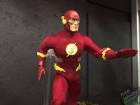 Toy Fair 2017 Mezco One:12 Collective DC Comics Flash
