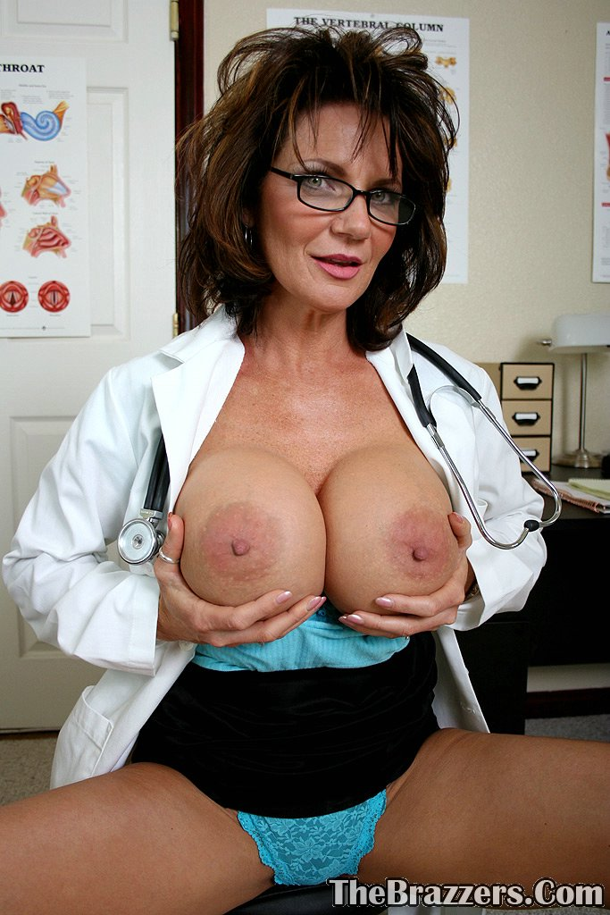 Busty doctor gets banged by her patient - 1 part 2