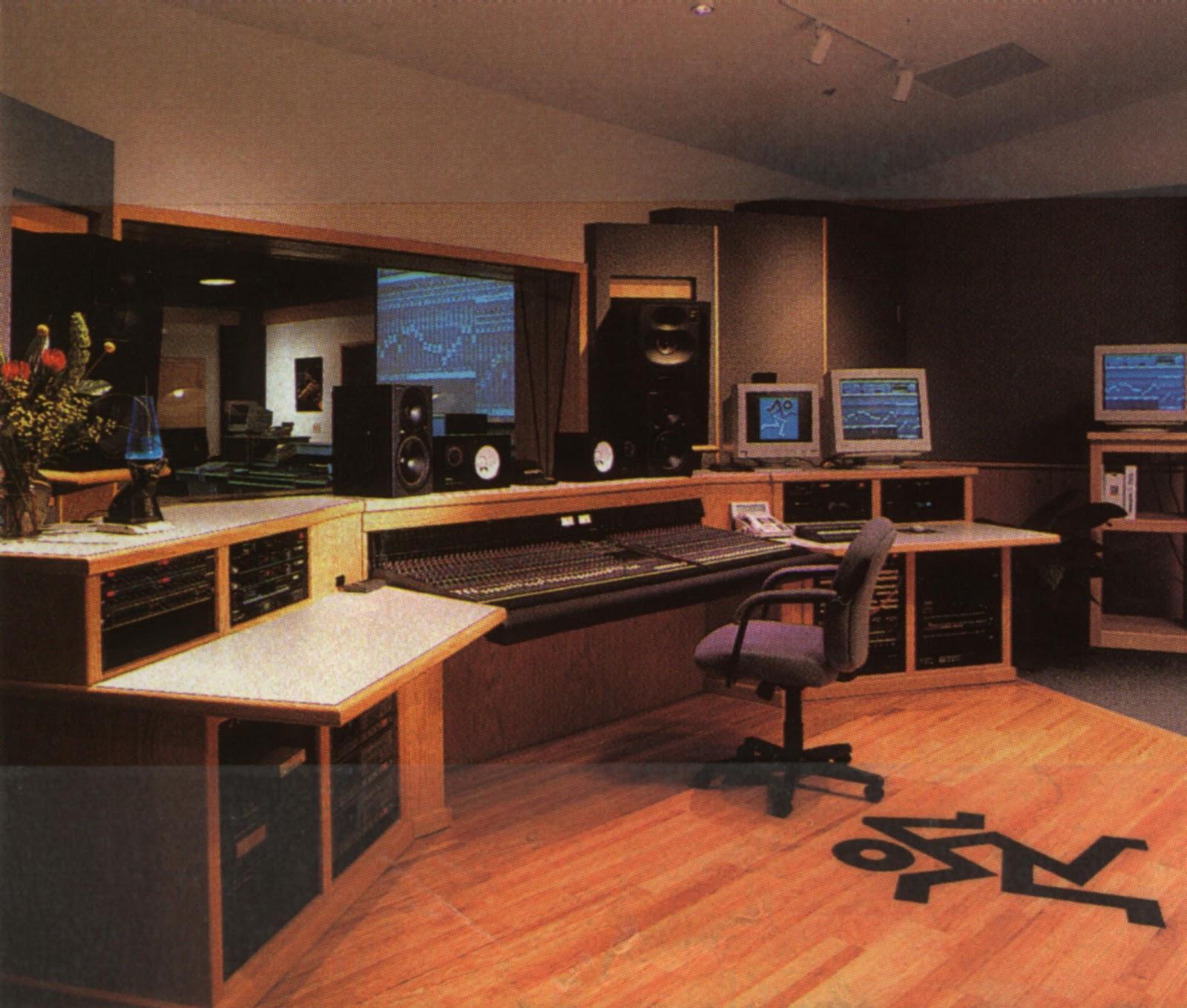 Remarkable Home Music Studio Ideas Edeprem Com Largest Home Design Picture Inspirations Pitcheantrous