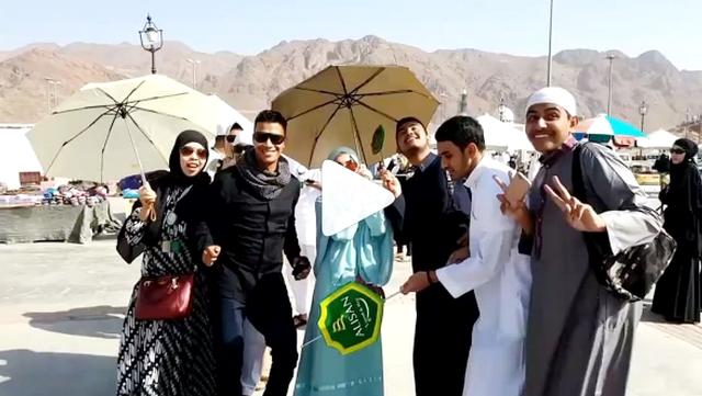 Joget-joget Di Jabal Uhud Madinah, Ayu Tingting Dibully Netizen
