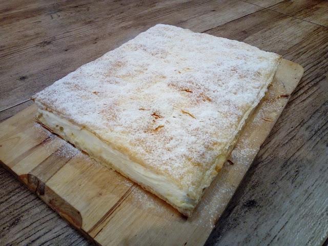 kremowka napoleonka na ciescie francuskim z bita smietana kremowka papieska kremowka na ciesicie francuskim ciasto z kremem karpatkowym ciasto z bita smietana