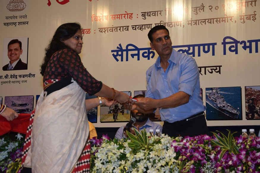 Akshay Kumar During 18th Kargil Vijay Diwas Function at Chauhan Auditorium