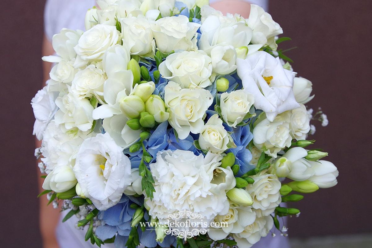 Biało niebieski bukiet ślubny Strzelce Opolskie