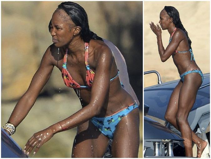Naomi Campbell com cabelo danificado pelo uso de alongamento mega hair.