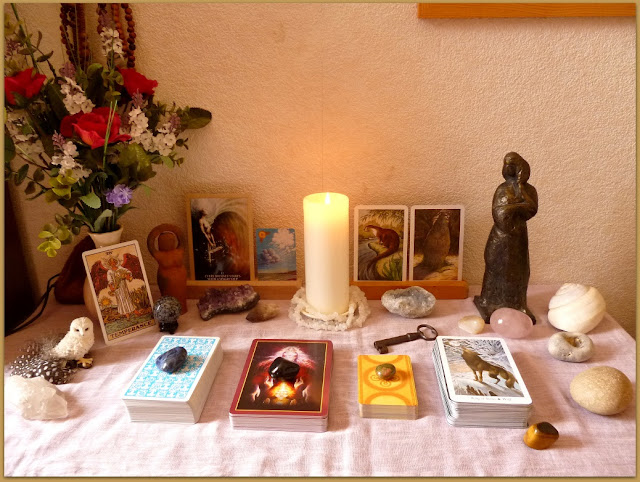 Altar Original Rider Waite Tarot, Sacred Rebels Oracle, Celtic Lenormand, Wildwood Tarot