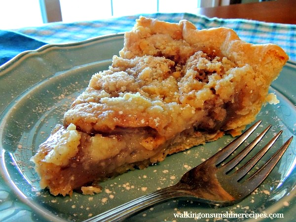 Apple Crumb Pie is a combination of apple crisp and apple pie from Walking on Sunshine Recipes.