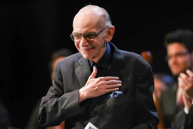 Falleció el Maestro José Antonio Abreu fundador del sistema de orquestas