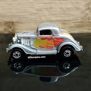 HOT WHEELS 3-WINDOW '34 SILVER HW BW COLLECTOR NO 12350