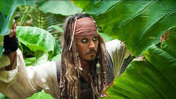 Johnny Depp fica ferido ao gravar Piratas do Caribe