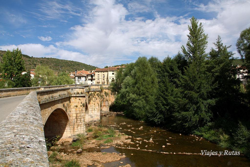 Puente medieval sobre el Río Arlanza, Covarrubias