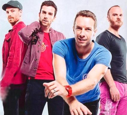Foto de integrantes de Coldplay posando para fans