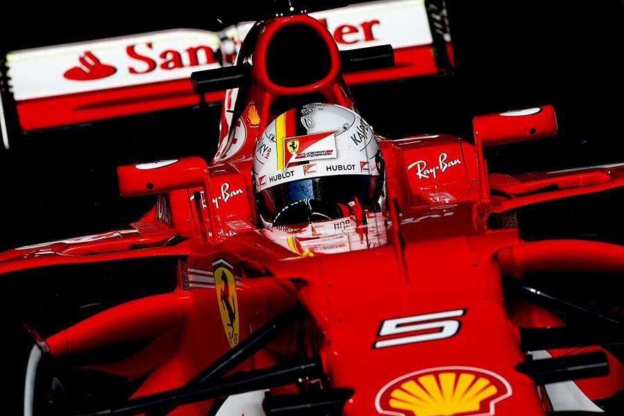 eb12c0ab99 Nova bambina - Sebastian Vettel batiza o seu carro como Gina para a  temporada 2017