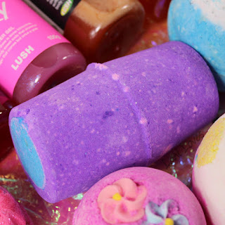 Lush Northern Lights bath bomb review