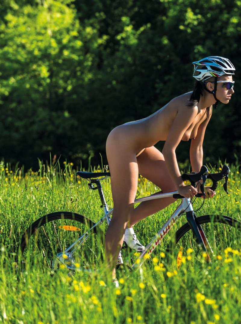 Pictuters of nude bmx models
