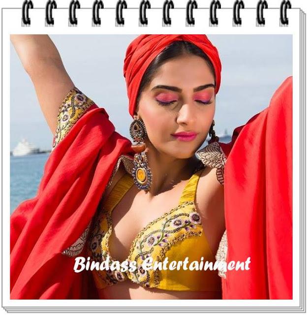 Hot-Unseen-Images-of-Sonam-Kapoor-1