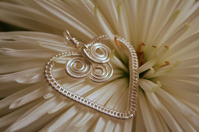 """Thank you"" heart: silver, wire weaving :: All Pretty Things"