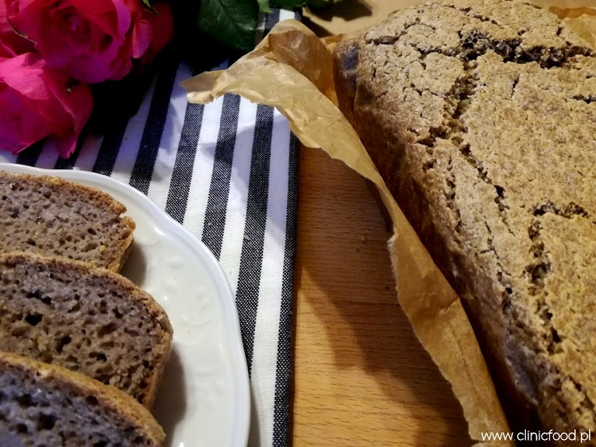 Chleb z kaszy gryczanej niepalonej