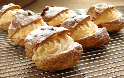 Free stock photos of food and high quality - Cream Puffs.