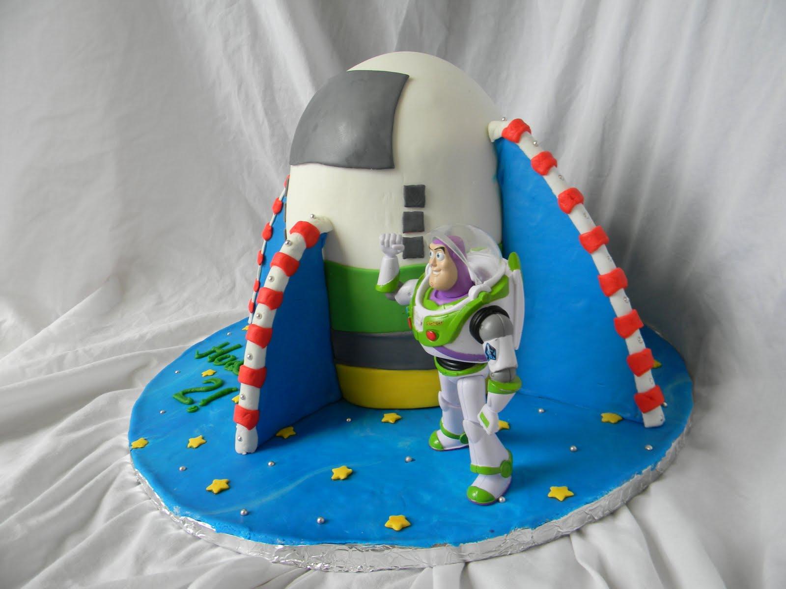 Jesicakes Buzz Lightyear Spaceship Cake