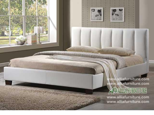 tempat tidur minimalis lapis kulit swiss