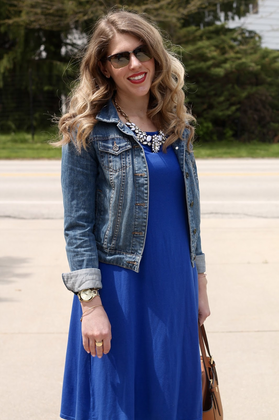 July 2016 POPSUGAR #Musthavebox review, cobalt swing dress, denim jacket, pink floral flats, Tory Burch tote