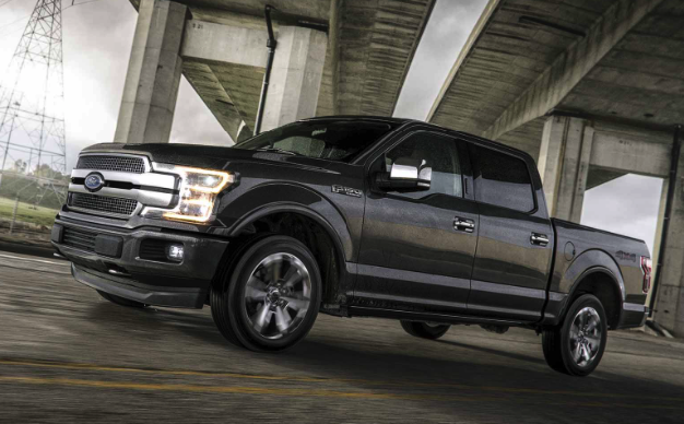 2018 ford f 150 raptor review car and driver review. Black Bedroom Furniture Sets. Home Design Ideas
