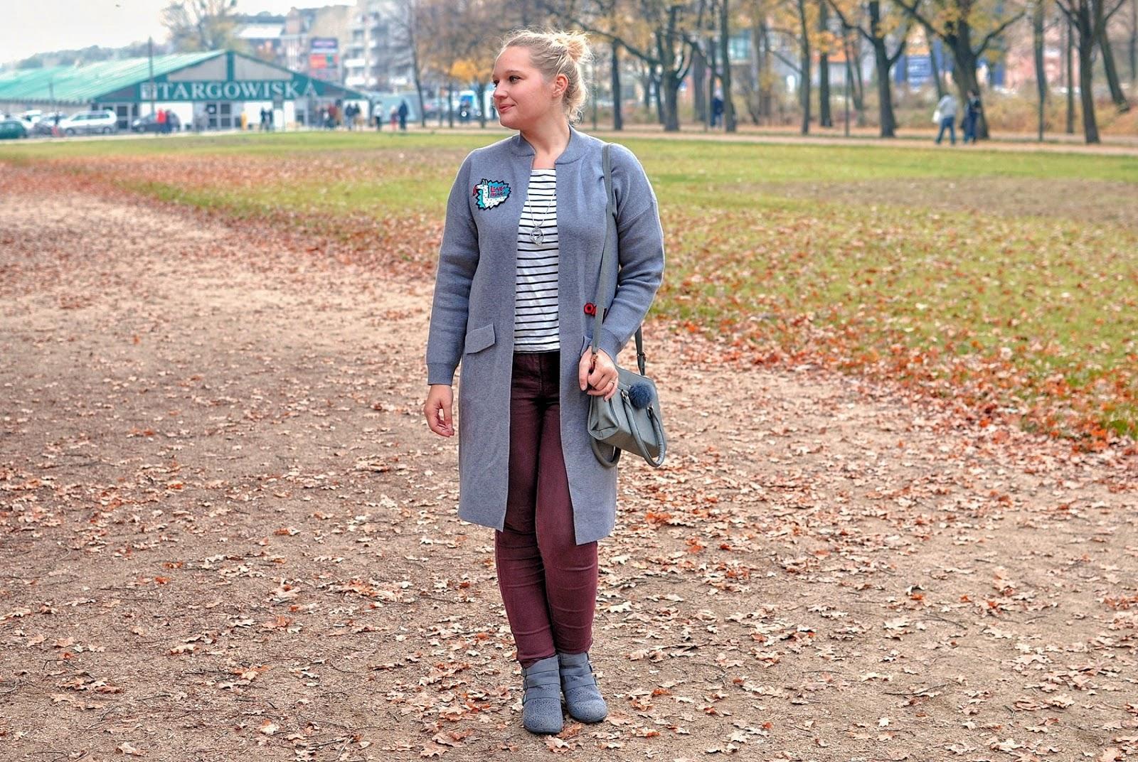 szary-sweter_modny