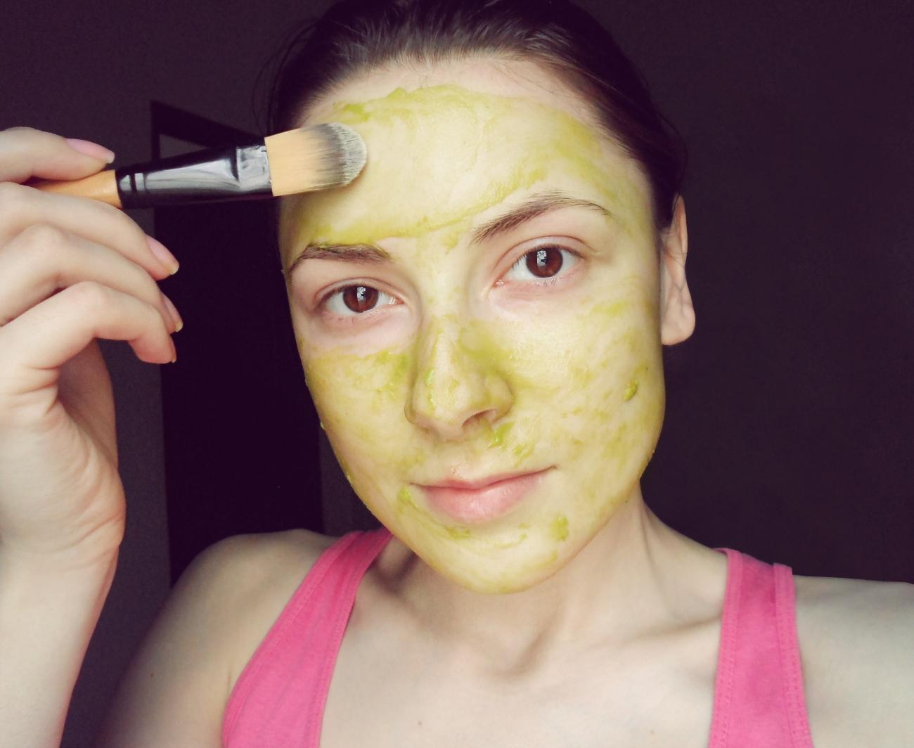 facial skin care homemade recipes masks fruit masks all skin types DIY at home liz breygel blogger