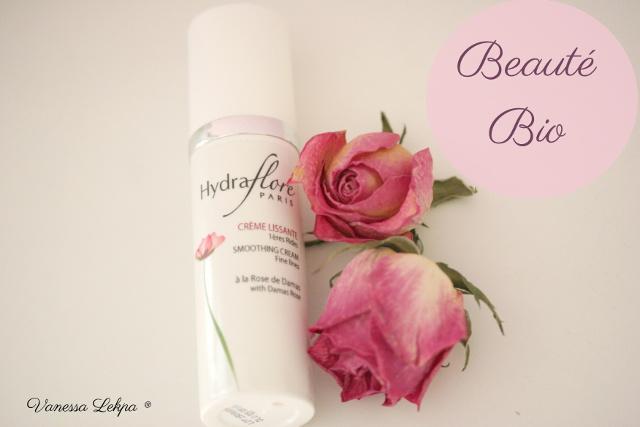 cosmétique bio et français Centella gamme hydraflore à l'huile essentielle de Rose crème anti rides layering Vanessa Lekpa