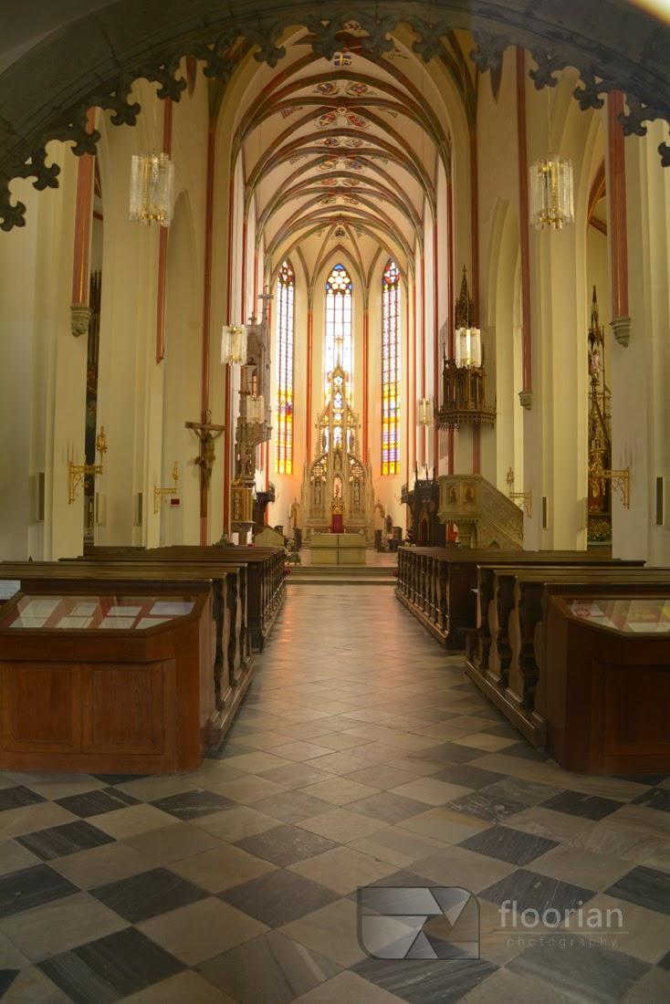 Hradec Králové - Wnętrze Katedry Św. Ducha