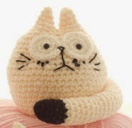 http://crochetstitchwitch.com/wp-content/uploads/2014/12/The-Fat-Cats.pdf