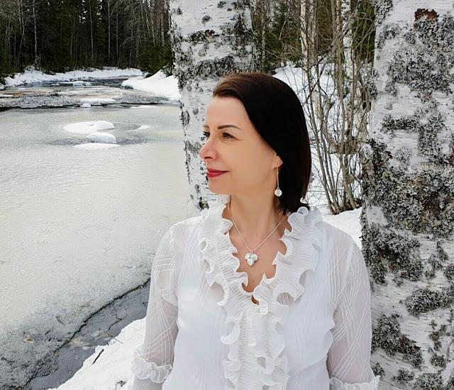 Kalevala Jewelry Lumikukka