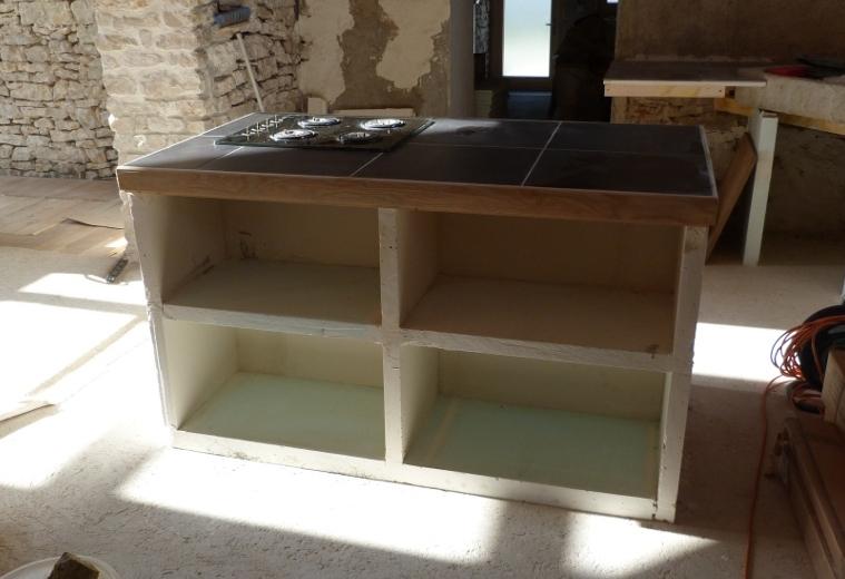 2010 objectif maison colo construire un ilot central. Black Bedroom Furniture Sets. Home Design Ideas