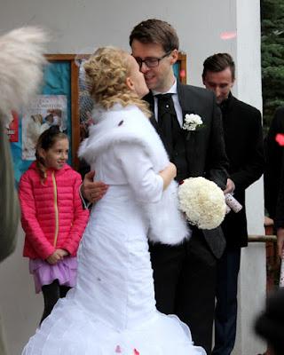 bukiet ślubny z goźdzków