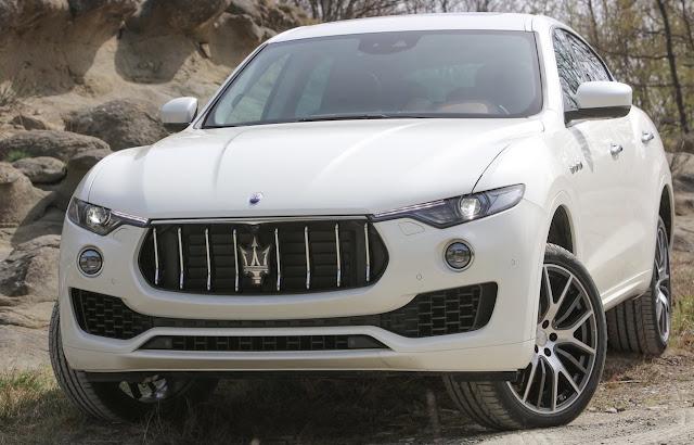 2017 Maserati Levante white offroad