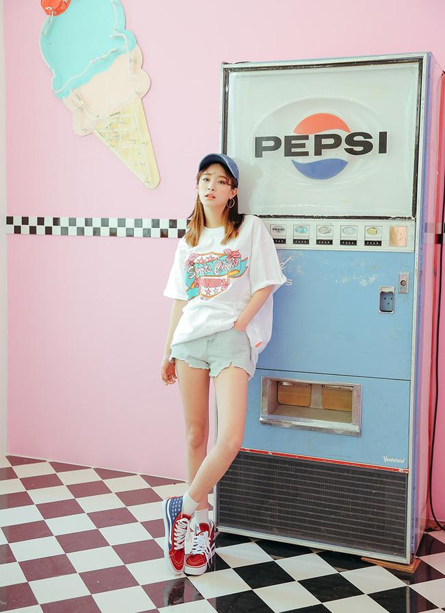 15 bộ trang phục sẽ làm sẽ làm bạn muốn diện sneaker bất chấp nắng nón13g
