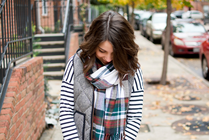Pattern mixing holiday outfit ideas